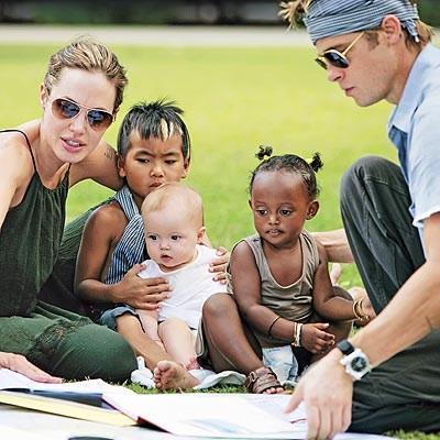 angelina-jolie-brad-pitt-filhos-adotivos-adotados-outra