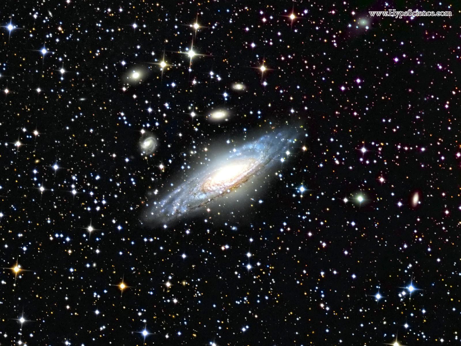 Galáxia Espiral Similar à Nossa Via Láctea [Papel De Parede]