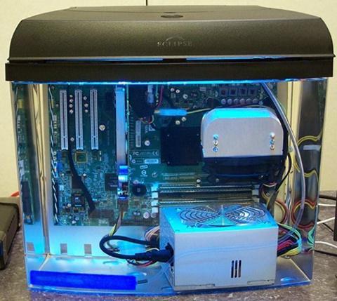 aquarium pc - computador dentro aquário