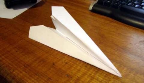 aviao-papel-grande
