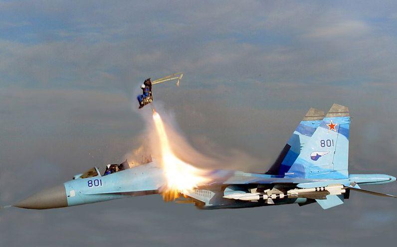 piloto ejeta mach 2