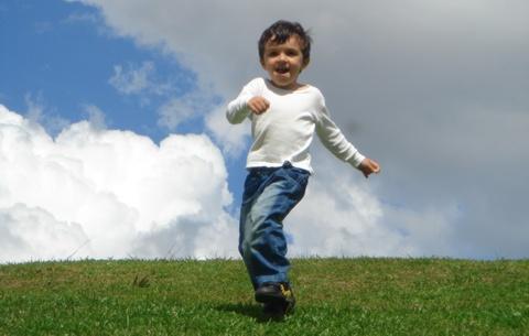 crianca-feliz-grande