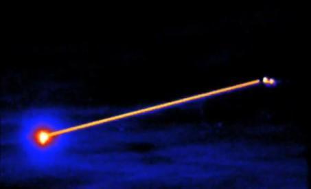 laser aereo disparando