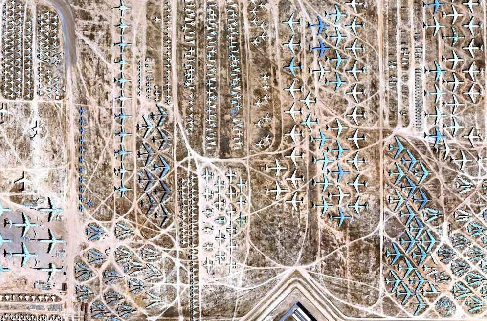 O gigantesco cemitério de aviões
