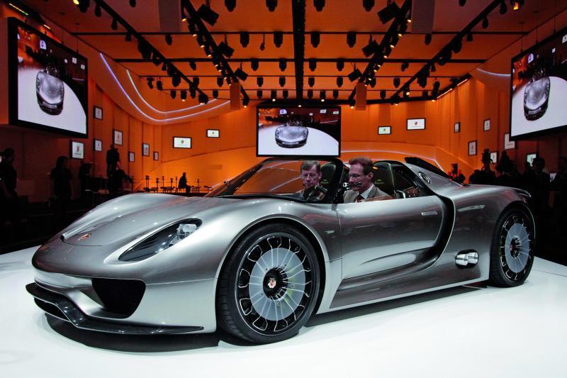 Porsche apresenta um belíssimo conceito de híbrido