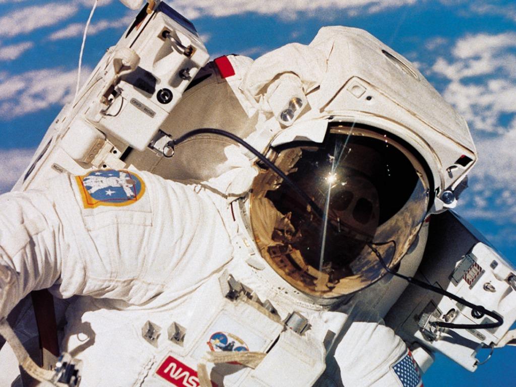 Excrementos de astronauta podem ser combustível para foguetes