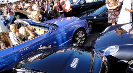 Loira causa o acidente de carro mais caro da história
