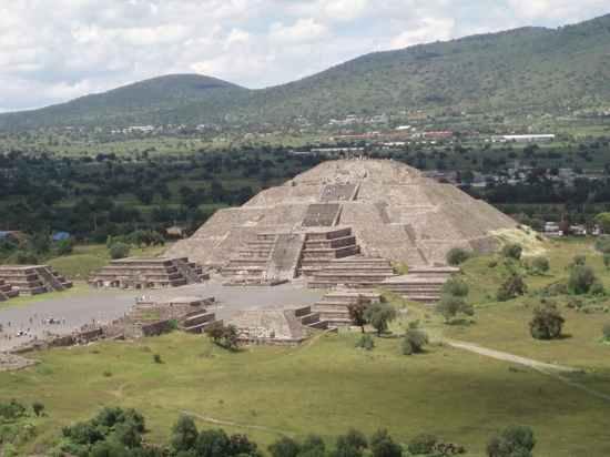 monumentos religiosos antigos