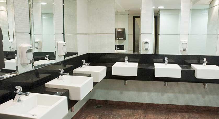 pia banheiro shopping contaminada