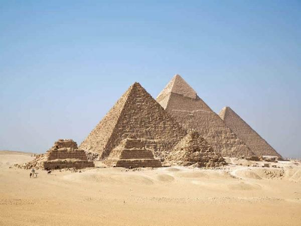 piramides-de-gize-44