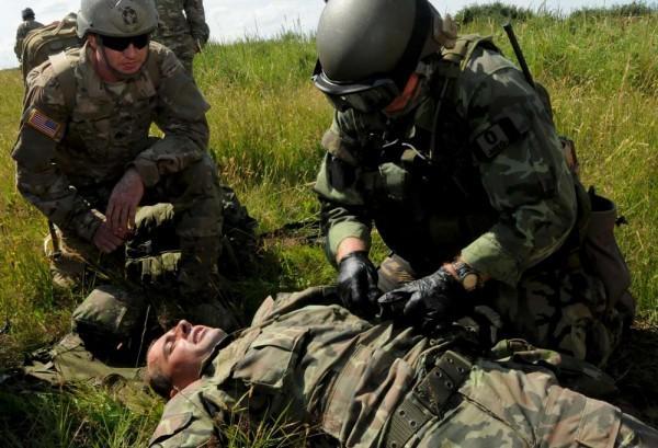 soldier-medic-02