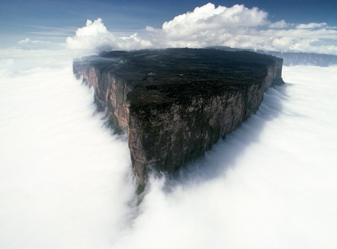 Mount_Roraima_Venezuela1.jpg