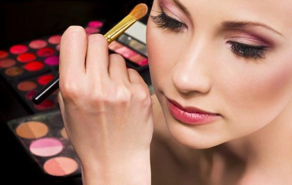 produtos derivados do petróleo cosméticos