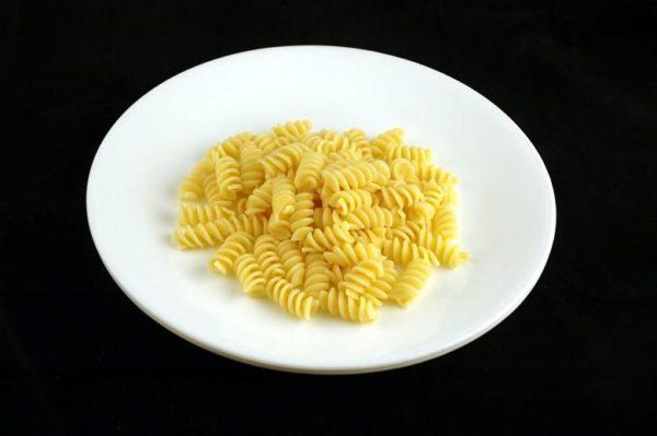 Macarrão cozido - 145 gramas= 200 calorias