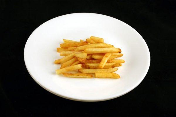 Batata frita - 73 gramas= 200 calorias