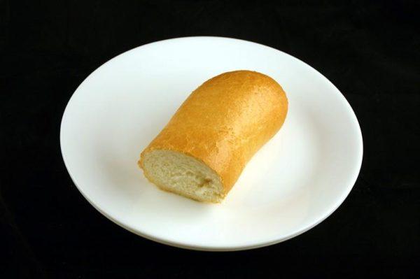 Pão francês - 72 gramas= 200 calorias