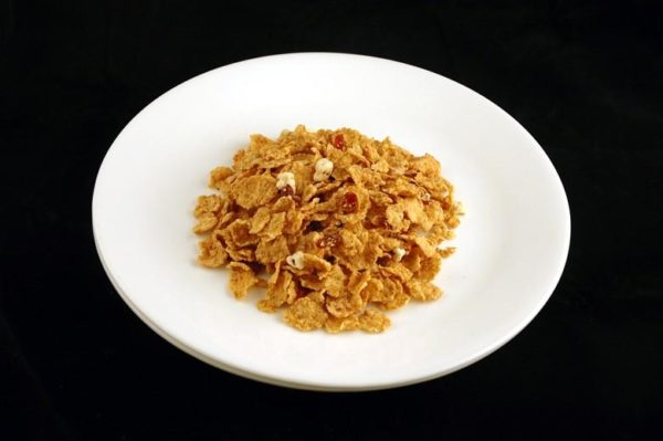 Cereal crocante de baunilha e uva-do-monte - 55 gramas= 200 calorias