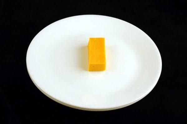 Queijo cheddar - 51 gramas= 200 calorias