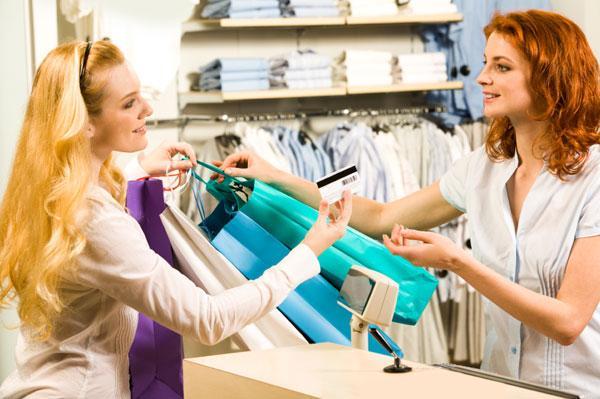 Como lojas fazem você gastar mais
