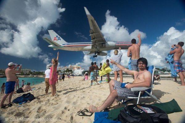 plane-landing-maho-beach-12