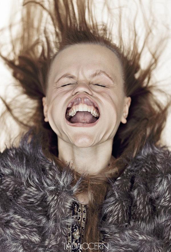 funny-portraits-blow-job-tadas-cerniauskas-16