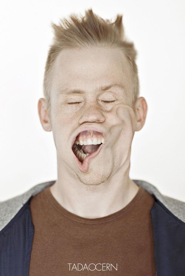 funny-portraits-blow-job-tadas-cerniauskas-19