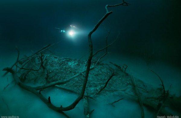 underwater-river-cenote-angelita-mexico-1