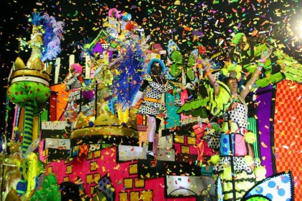 Example_Float_Brazil_Carnival_by_Alexandre_Vidal