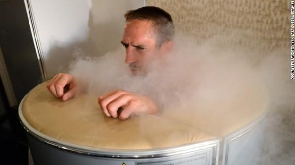 130930124757-life-extension-cryotherapy-chamber-franck-libery-horizontal-gallery