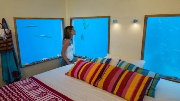 underwater-hotel-the-manta-mikael-genberg-7