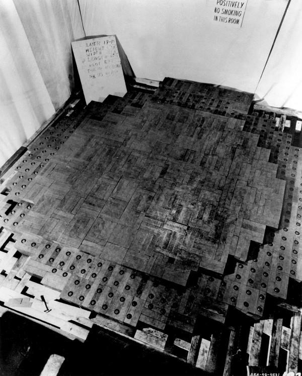 Esta é a única fotografia feita durante a construção do primeiro reator nuclear