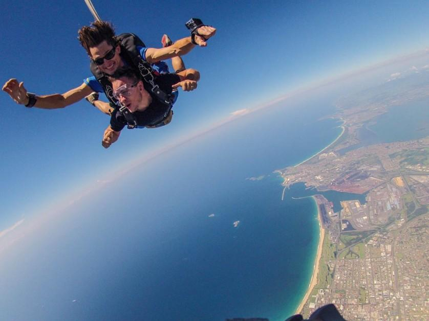 Destination-NSW-Chief-Funster-sky-diving-in-Wollongong
