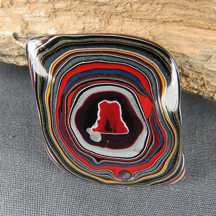 fordite-detroit-agate-car-paint-stone-jewel-20