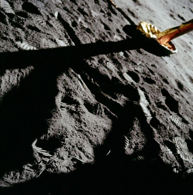 primeiro pouso na lua 23