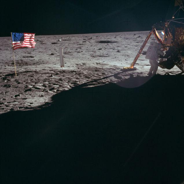 primeiro pouso na lua 26