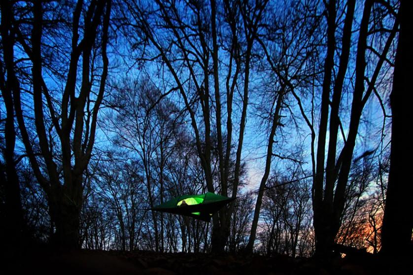 suspended-treehouse-tent-tentsile-alex-shirley-smith-12