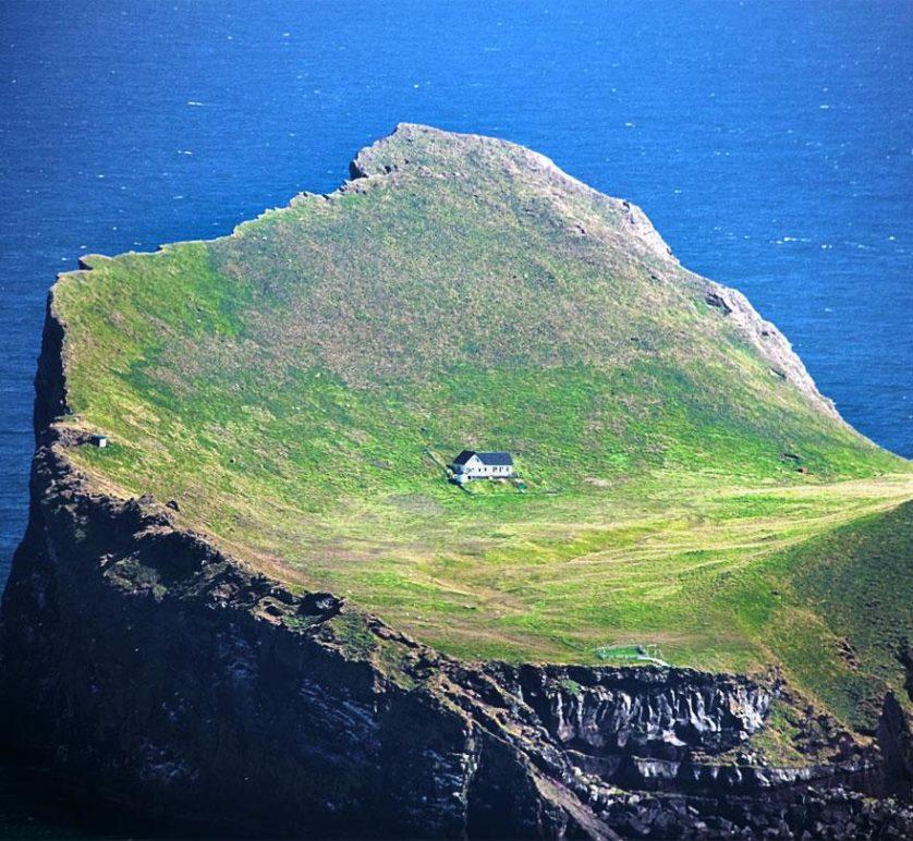 casa solitaria islandia (6)