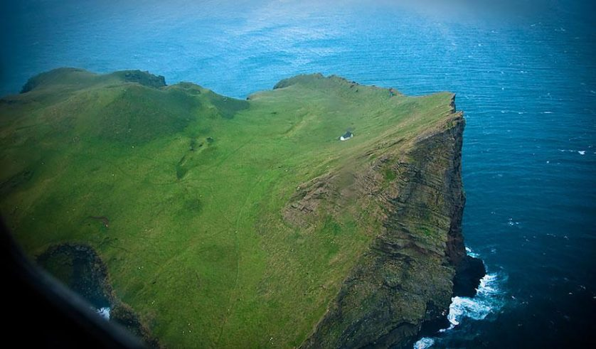 casa solitaria islandia (7)