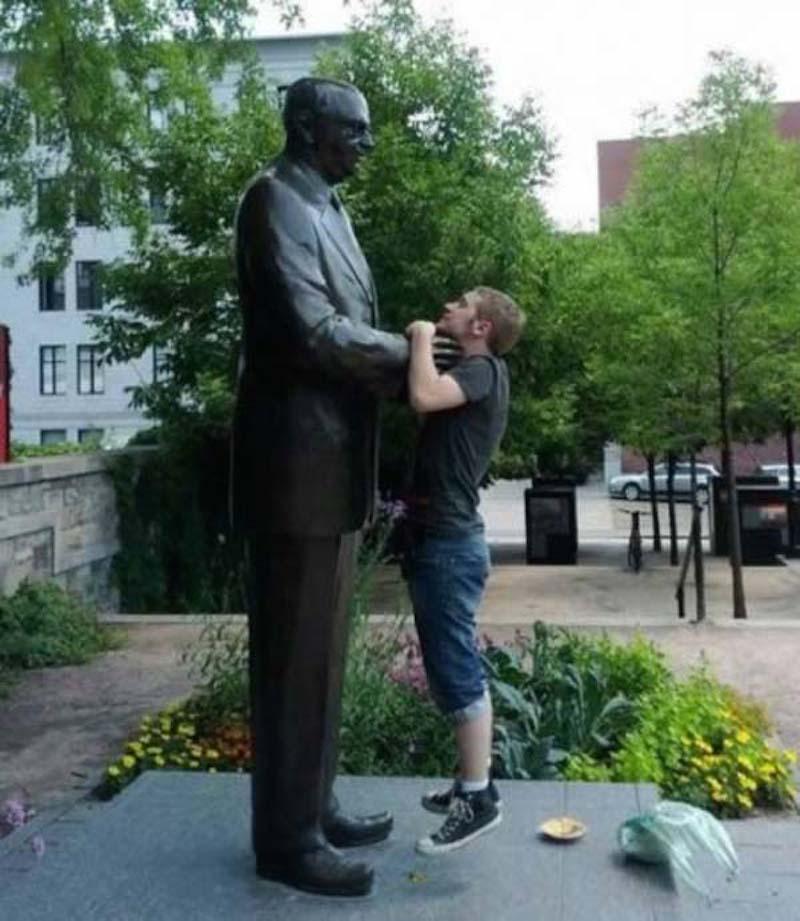 estatuas fotos engracadas 22