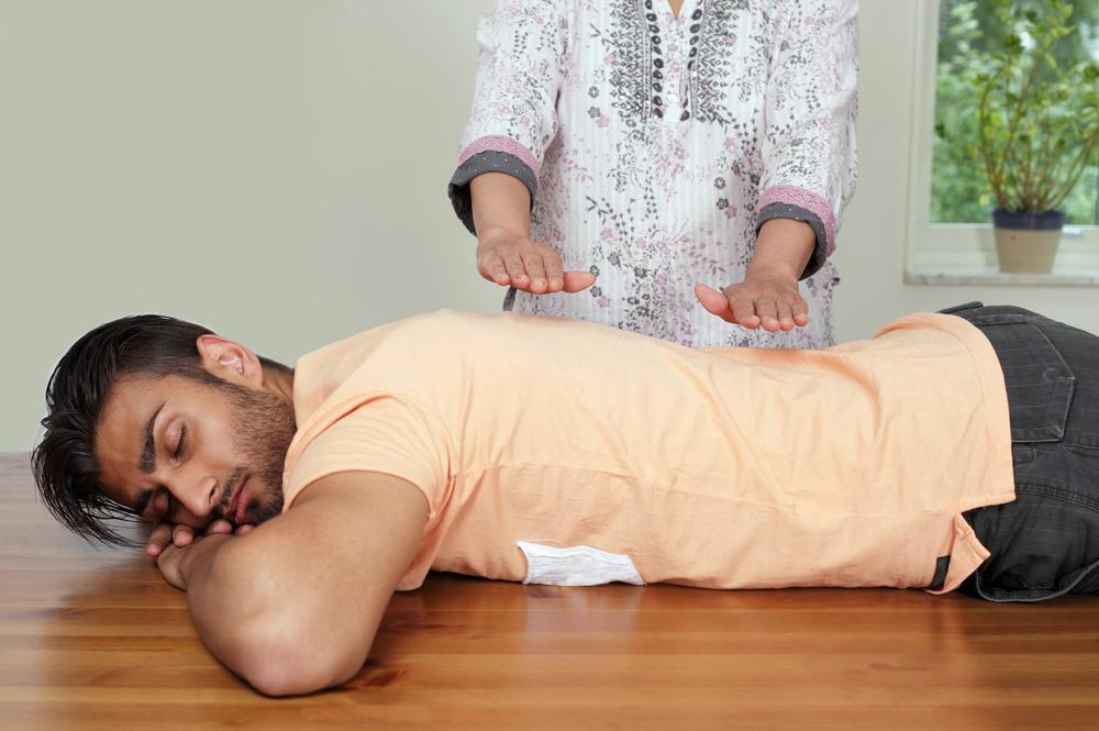 http://hypescience.com/wp-content/uploads/2014/08/medicina-alternativa.jpg