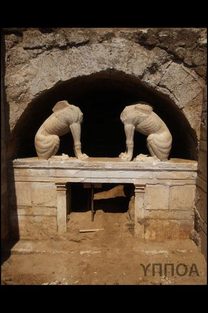 tumba epoca alexandre o grande (5)