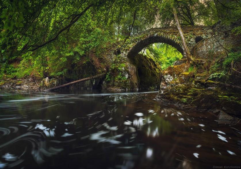 Ponte Hermitage, na Escócia