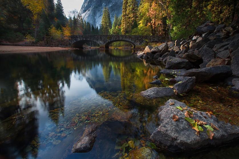 Ponte do Rio Merced, em Yosemite, nos Estados Unidos