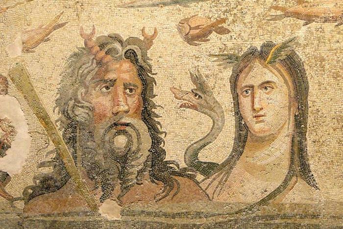 Nesse mosaico, são retratados Oceanus e Tétis, divindades clássicas gregas e romanas do oceano