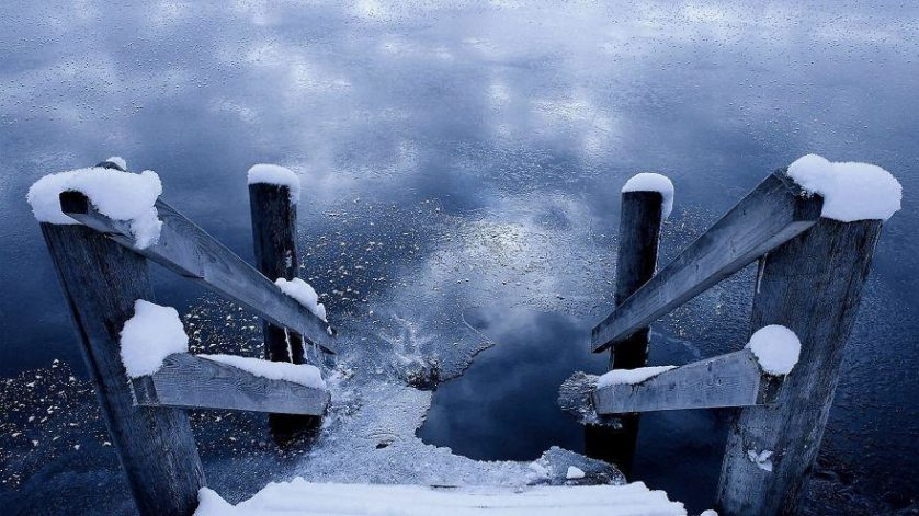 Wooden Ladder Into A Frozen Lake HD Desktop Background