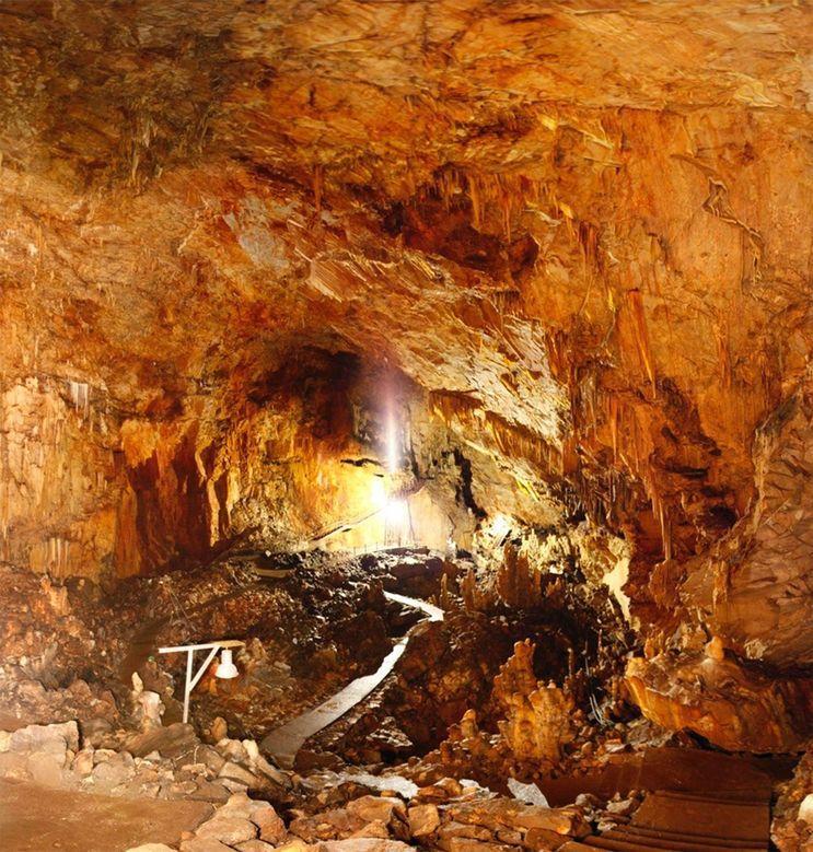 Ossos de 170 indivíduos foram encontrados dentro de Alepotrypa