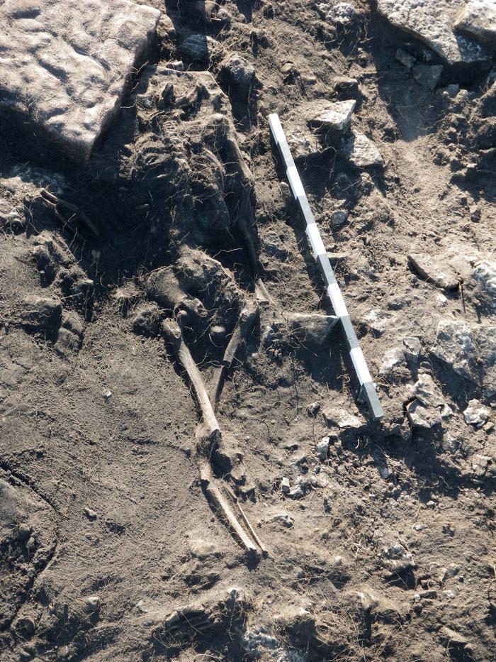 descobertas arqueologicas macabras 3-