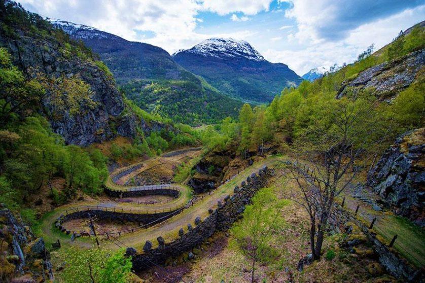 Paisagem natural da noruega arquitetura conto de fadas 4