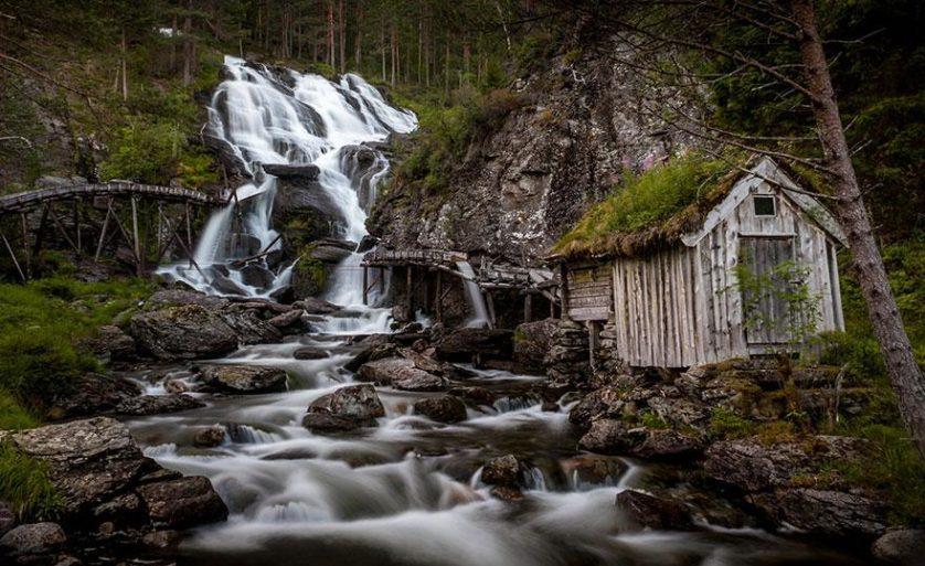Paisagem natural da noruega arquitetura conto de fadas 7