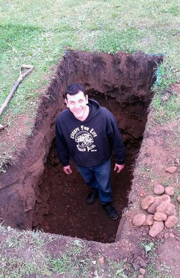 pessoas enterradas vivas 6